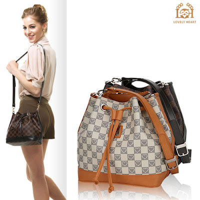 "<a href=""http://www.stylewithIndia.blogger.com/html/"">Trendy Bags</a>"