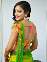 Reetu Varma sizzling photos in half saree-cover-photo