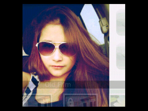 SharePict Prilly lagi galauu nihhh!!!