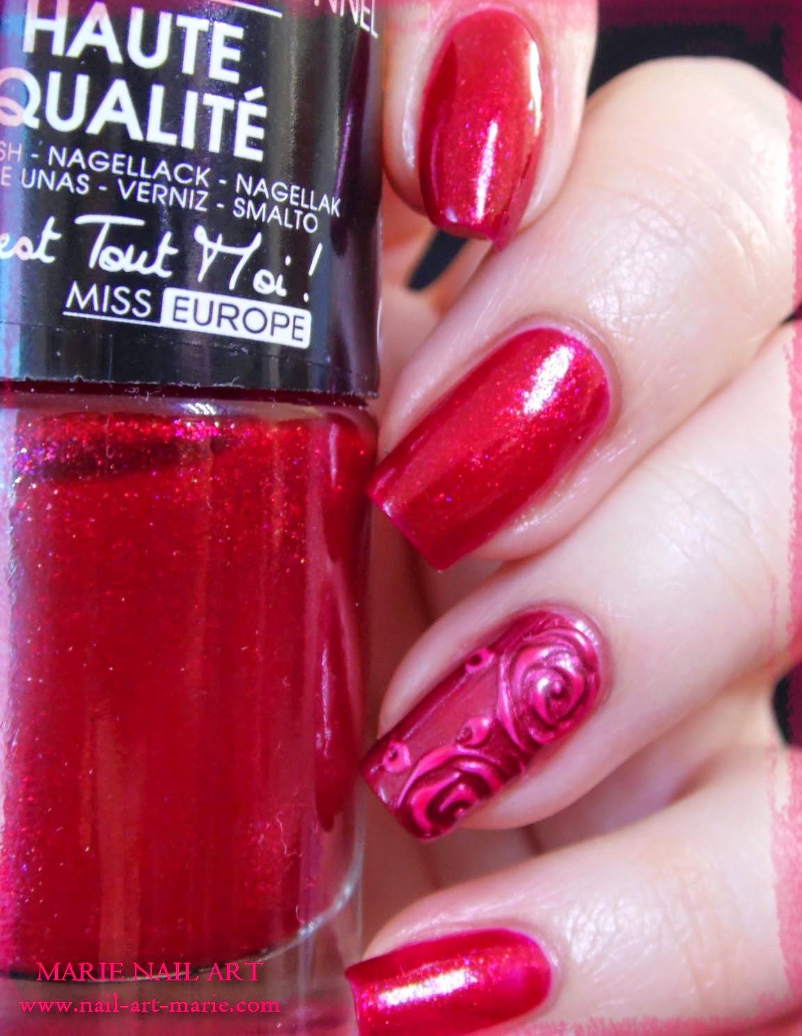 nail art roses métallisées en 3D5