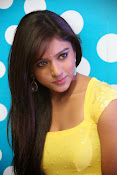 Vithika sheru dazzling photos-thumbnail-6