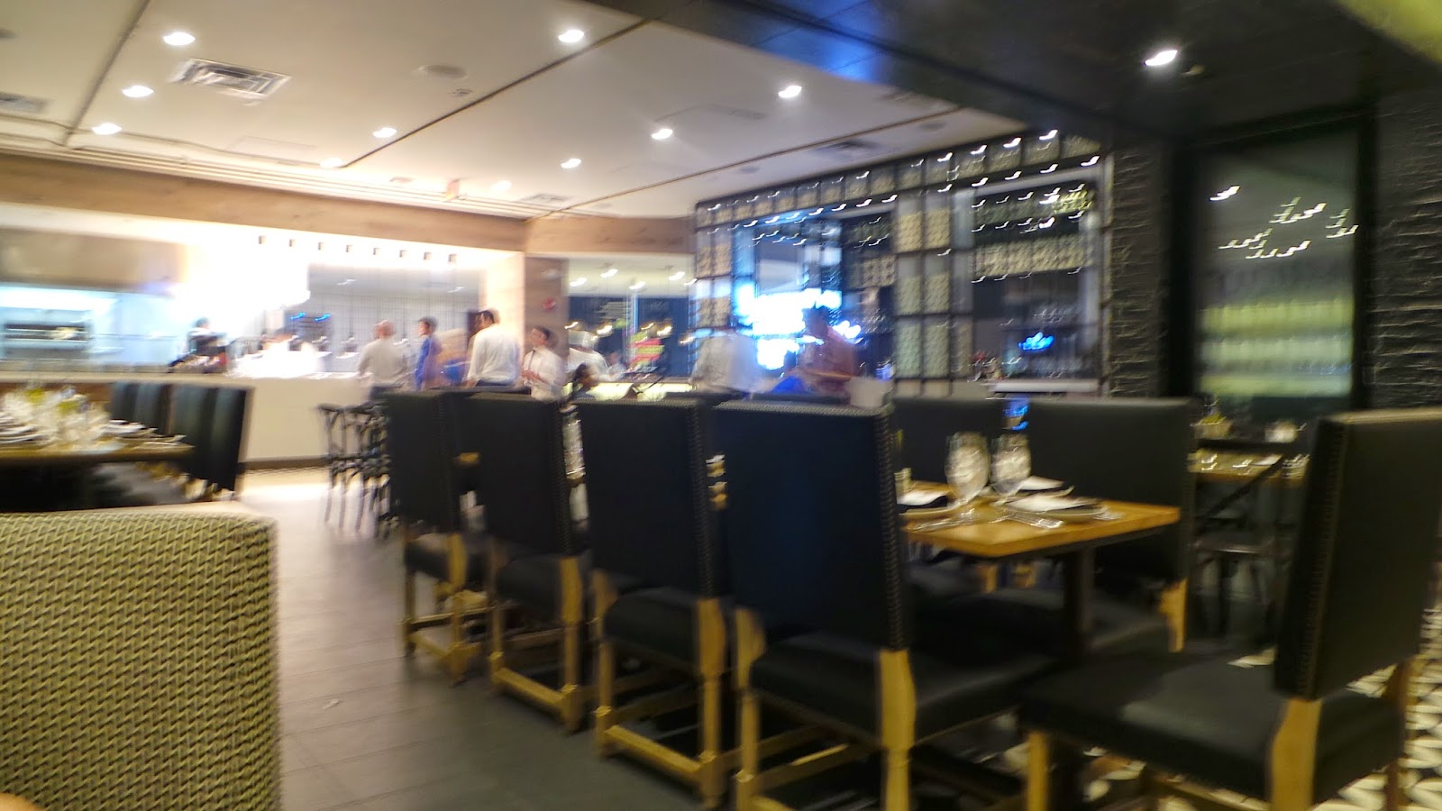 free is my life: review: vivo! italian kitchen at universal