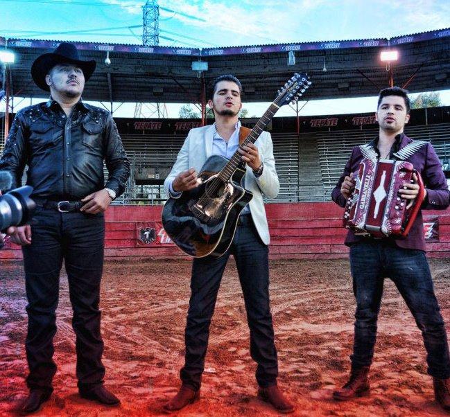 Los Rodriguez De Sinaloa - La 38 Super De Culiacan - Corridos 2013