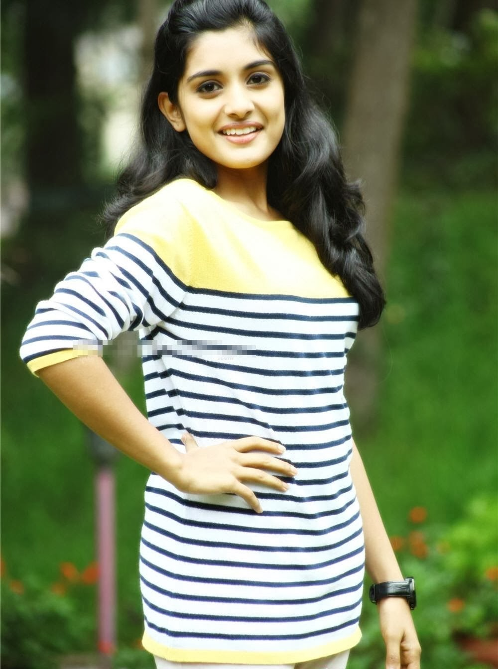 Niveda Thomas In Veruthe Oru Bharya Cinema 24*7: Actress N...