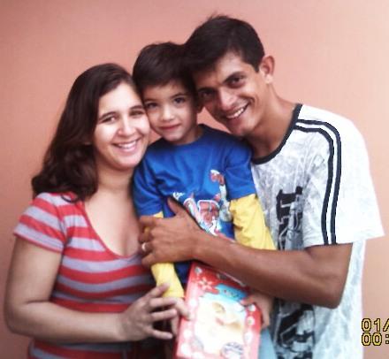 missionários Hugo e Miriam e familia.    Cumprindo a MISSIO DEI.