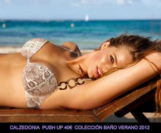 Calzedonia-Push-Ups-Baño2-Verano2012