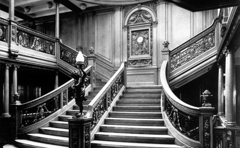 Documentary Photographs of Titanic: 1st Class Grand Staircase