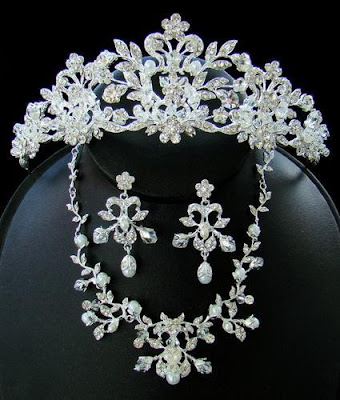 wedding headpiecesclass=bridal jewellery