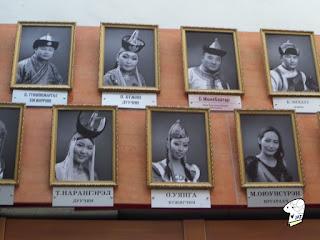 Portraits of the Tumen Ekh performance troop 2