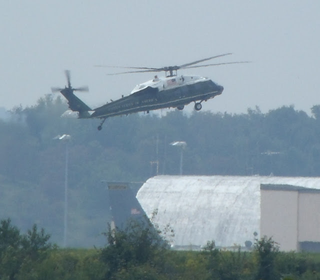 VH-60N Presidential helicopter photo