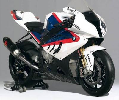 BMW S1000RR:305kph