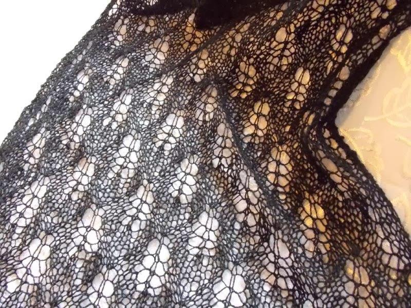TE KOOP: zwarte sjaal 45 x 140 cm