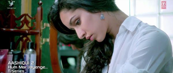 Aashiqui 2 (2013) Hindi Movie 375MB BRRip 480P ESubs