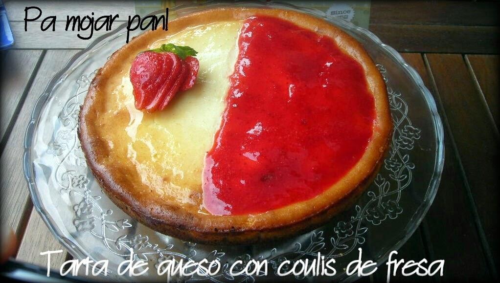 Tarta de queso con coulis de fresa