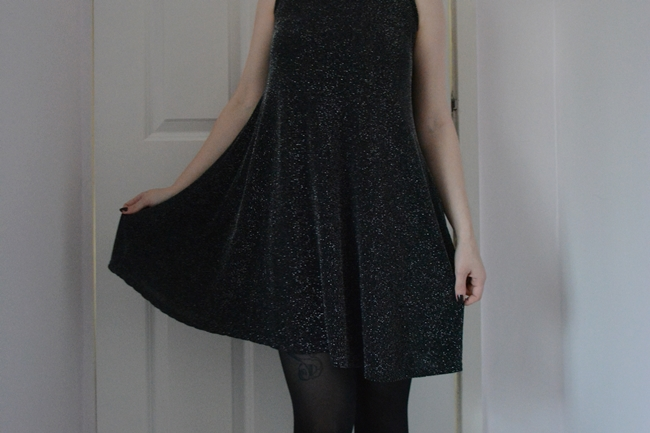New look black sparkle swing dress NYE outfits