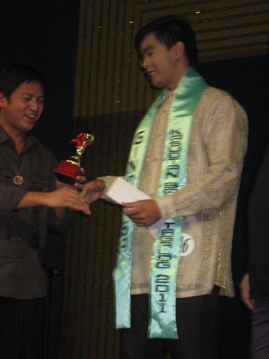 ginoo sa kasuotang barong tagalog winner