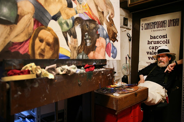 Franco Venanti nel suo studio