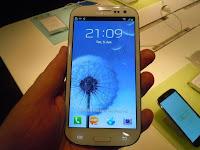 """Com """"truques"""", Samsung diferencia Galaxy S III de outros Androids."""