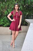 Rashi Khanna latest sizzling pics-thumbnail-19
