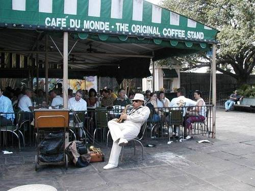 cafe du monde french quarter new orleans louisiana