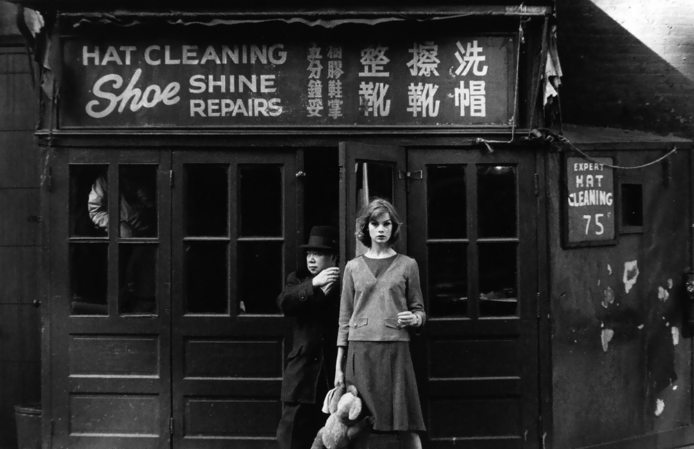 Jean Shrimpton photographed by David Bailey in New York for Young idea goes West / Vogue US 1962 via fashioned by love british fashion blog