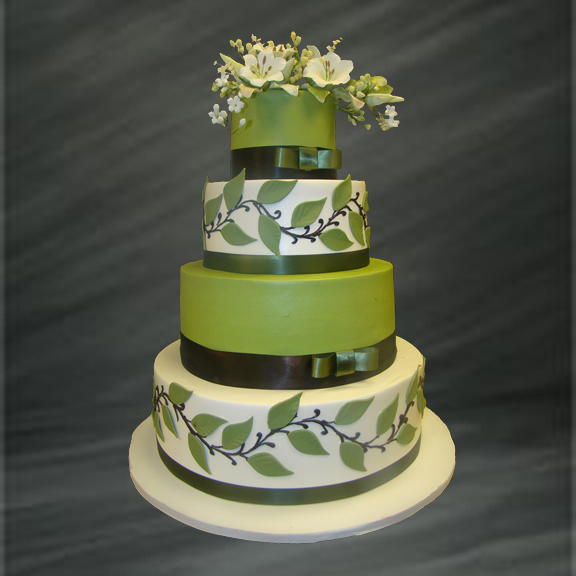 Beautiful Bridal: Green Floral Wedding Cakes