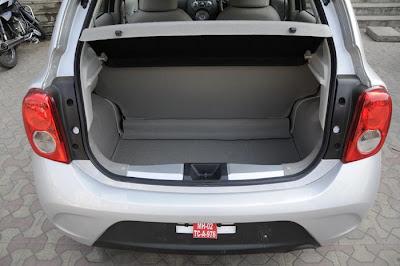 http://3.bp.blogspot.com/-tidrh3Y38JY/TwxEGOUIxLI/AAAAAAAAB60/Ar98Ru8-_qo/s1600/Renault+pulse+rear+open.JPG