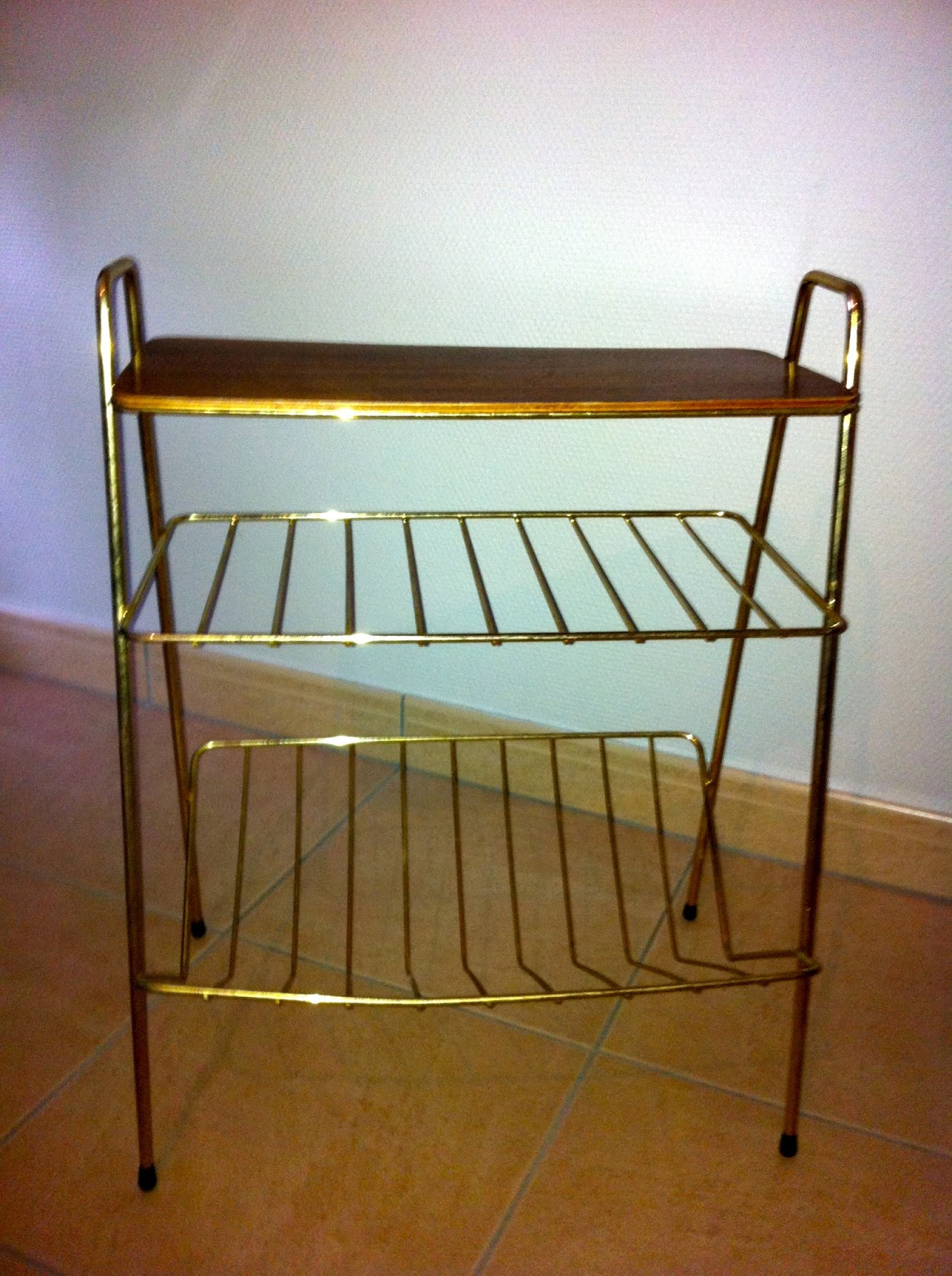 m m marcelle porte revues tablette. Black Bedroom Furniture Sets. Home Design Ideas