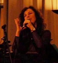 Lisa B (Lisa Bernstein) in holiday concert