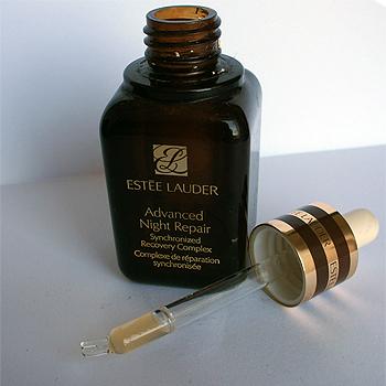 Estee Lauder Advanced Night Repair - Just Makeup Artists