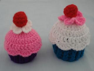 FREE CROCHET CUPCAKE PATTERN | Crochet and Knitting Patterns