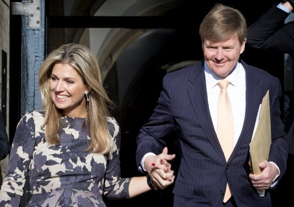 Queen Maxima of the Netherlands Style Dersses Jewelry Pumps