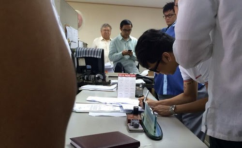 Vice Ganda signs affidavit in support for Vhong Navarro