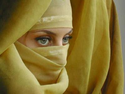 Asian Girls in Niqab