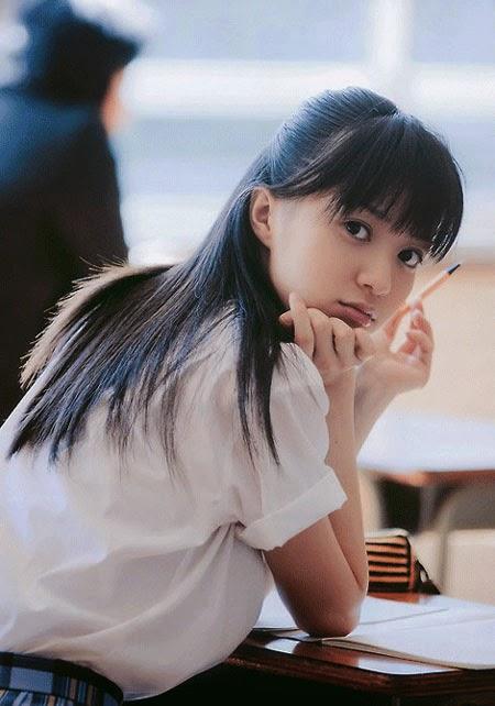 Ký sự nữ sinh Nhật - Góc nhìn thực trạng Việt Nam