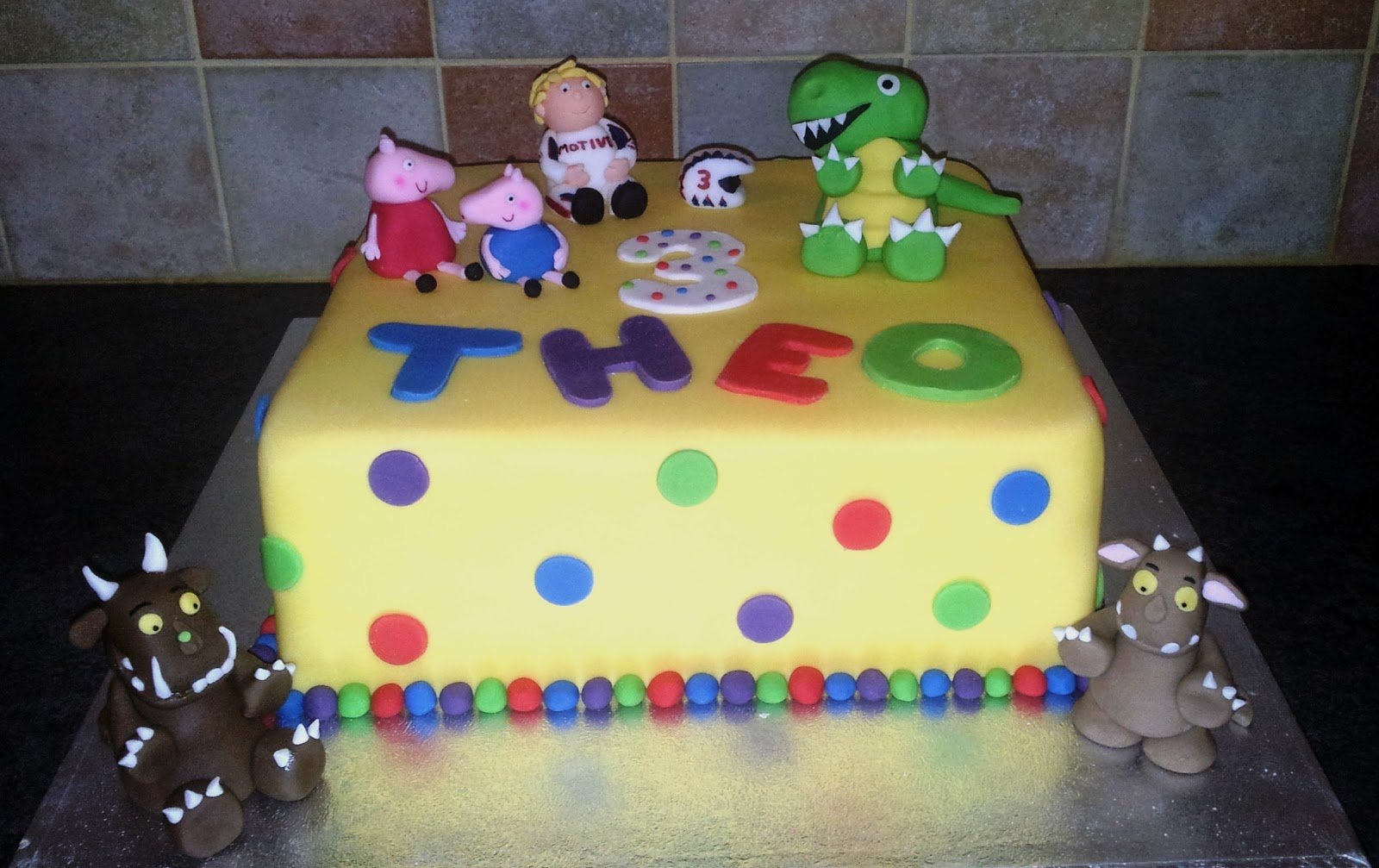 Tallulahs Bakery Birthday Cake The Perfect Childrens Tea Party