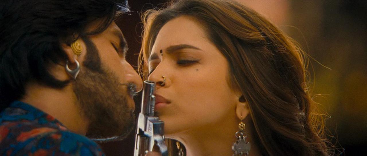 Goliyon Ki Rasleela Ram Leela 2013 720p Music Videos