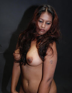 nude bhabhi boobs nipple photo part 3   nudesibhabhi.com