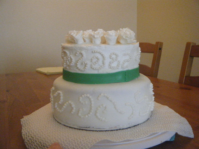 For The Top Two Tiers I Decorated With A Green Of Fondant At The Base Of The Top Cake Our Wedding Colors Are Green And Brown On The 6 Inch Tier