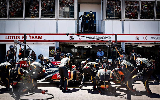 Pit Stop Lotus Renault podczas Gp Monte Carlo na Petrolheads.pl