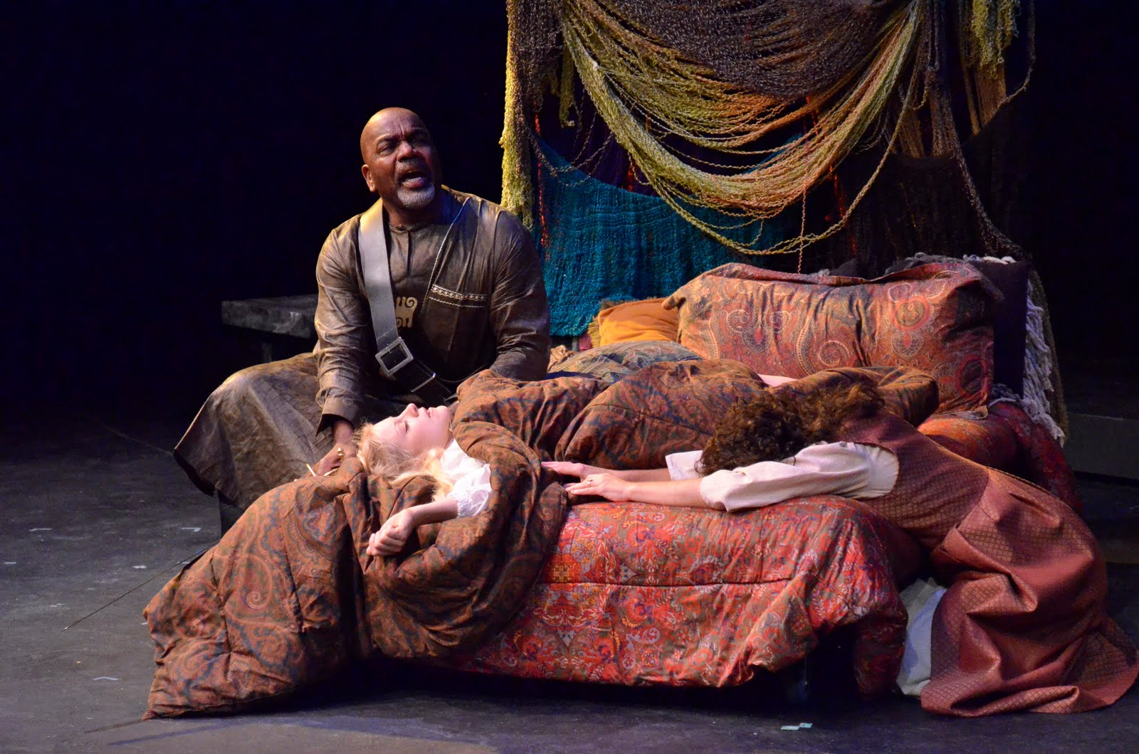 a comparison between desdemona and emilia in shakespeares othello