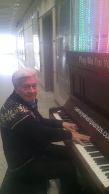 Een korte PIANO-IMPROVISATIE
