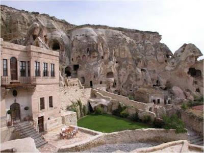 Elkep Evi- Hotel Inside Rock Mountain
