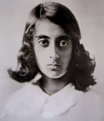 Indira-Gandhi-Former-Indian-Prime-Minister-child