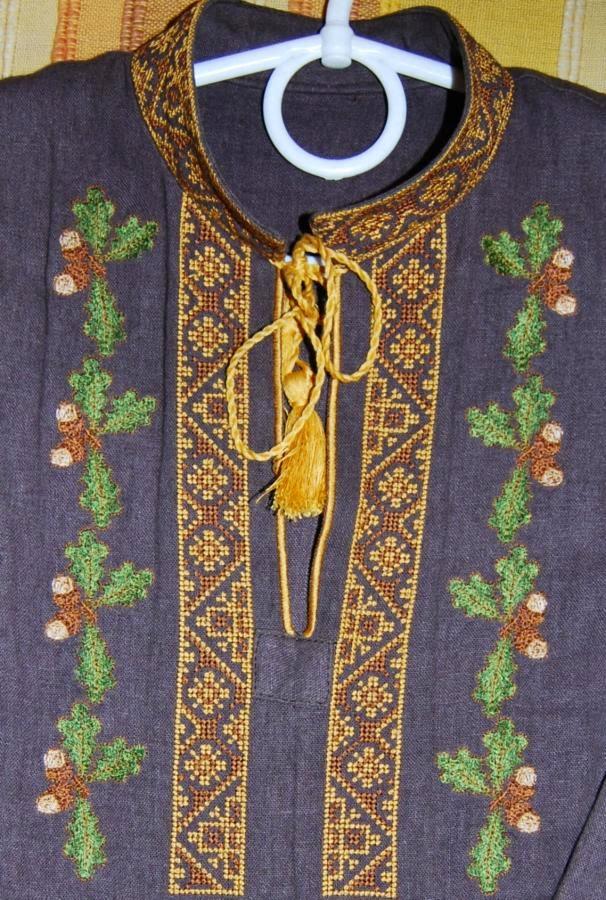 Мужская вышиванка - машинная вышивка крестом