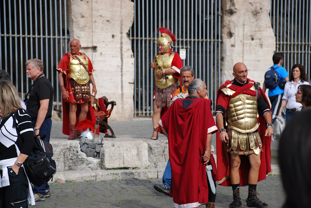 an introduction to the gladiators contest in rome Gladiators were often slaves, but there was a level of prestige to being a gladiator evidence of this was left in grafiti all over rome of some of the greatest gladiators to ever enter the arena.