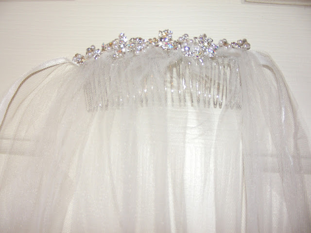 DIY Bridal Veil by My Girlish Whims