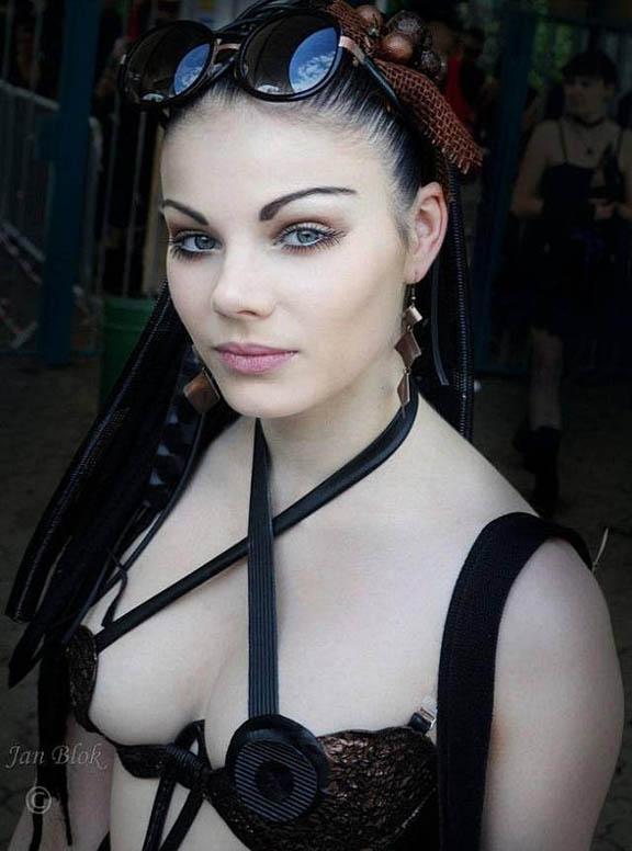 Goth+Girl