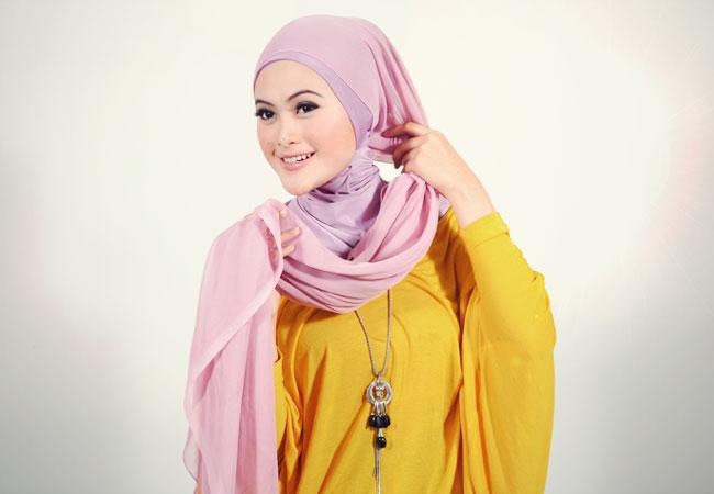 Tips Cara Memakai Jilbab Pashmina Chiffon Untuk Acara Resmi | Apps ...