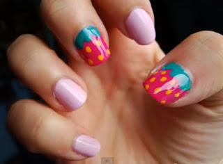diseño de uñas fresas